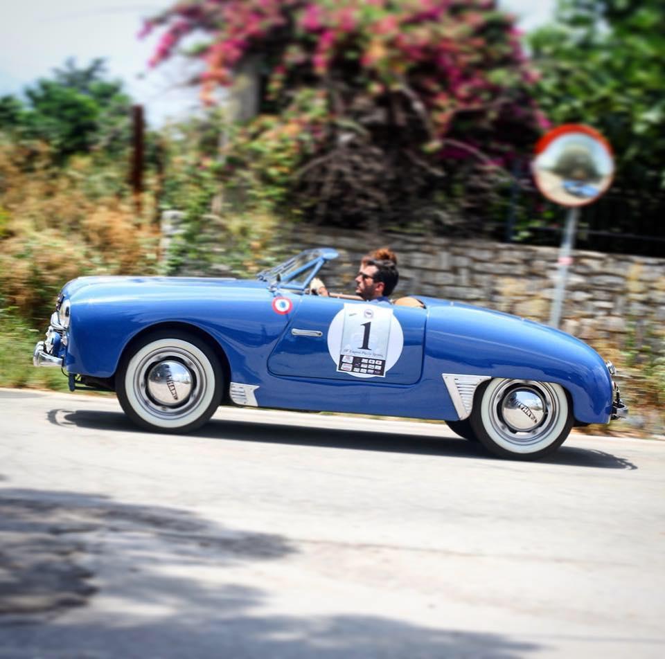Με 59 ιστορικές και κλασσικές κούκλες της αυτοκίνησης θα γεμίσει η πλατεία των Υψηλών Αλωνιών αυτήν την Κυριακή στο Αίγιο.